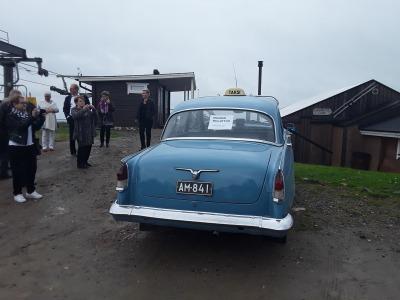 Volga -museoauto tilaisuuksiin Tahkolla