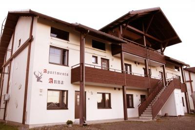 Apartments Anna kuuden makuuhuoneen huoneisto 12 henkilölle 4 kpl